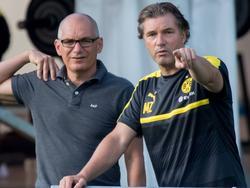 Michael Zorc (r.) hat eine klare Meinung zu einem möglichen Transfer von Mario Gomez zum BVB