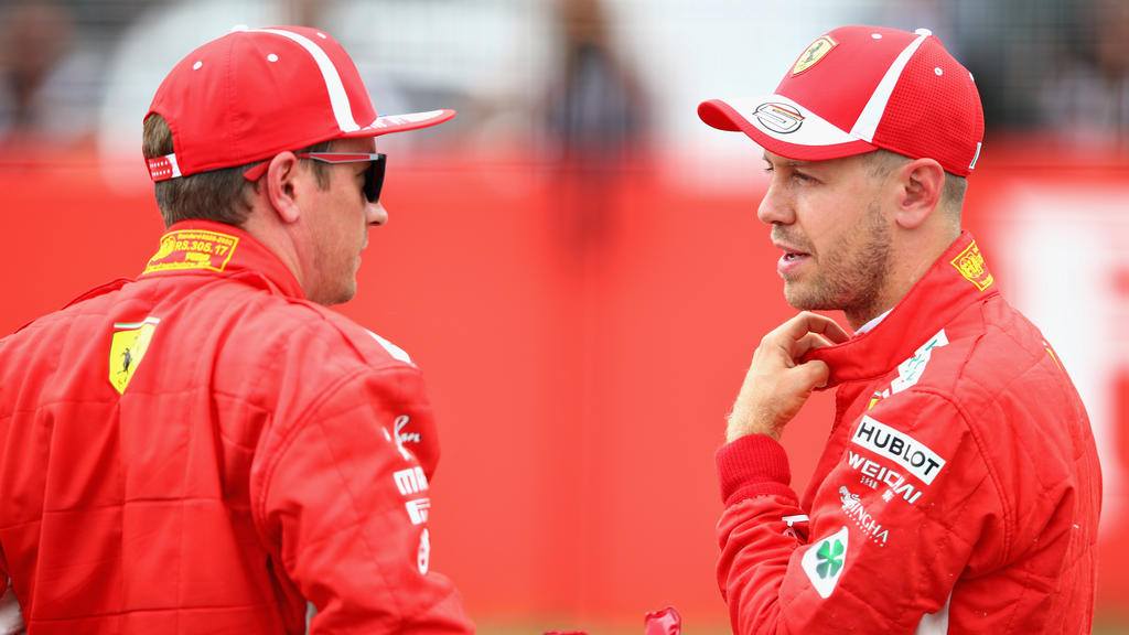 Kimi Räikkönen musste Sebastian Vettel auf Anweisung des Teams vorbeilassen