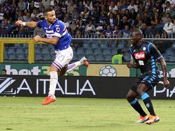 Fabio Quagliarella lässt die Napoli-Abwehr verdutzt dreinschauen. © imago/LaPresse/Tano Pecoraro