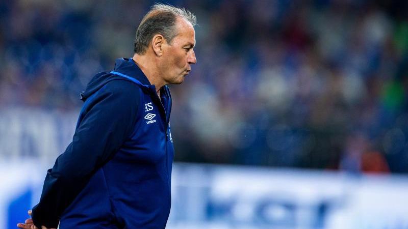 Angefressen: Schalke-Coach Huub Stevens nach der Pleite gegen Hoffenheim