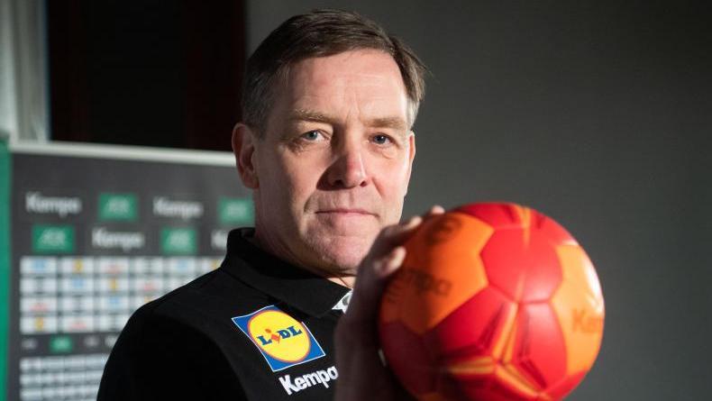 Auch Bundestrainer Alfred Gislason ist ein Gegner der Sieben-gegen-Sechs-Regel im Handball
