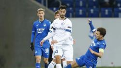 Tim Kleindienst (l) wird wieder für Heidenheim spielen