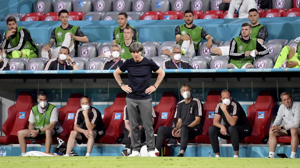 Bundestrainer Joachim Löw muss nun die Lehren aus der Niederlage gegen Frankreich ziehen