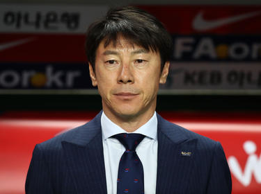 Musste eine weitere Testspiel-Pleite hinnehmen: Südkorea-Coach Tae-Yong Shin