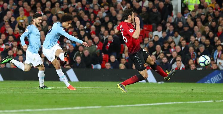 Leroy Sané traf nach seiner Einwechslung zum 2:0 für Manchester City