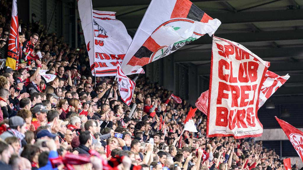 Freiburger-Ultras lieferten sich eine Schlägerei mit Düsseldorf-Anhängern