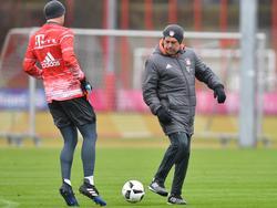 Ancelotti (r.) kann bald wieder auf Neuer setzen