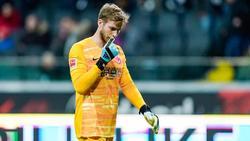 Bedient: Eintracht-Frankfurt-Keeper Felix Wiedwald
