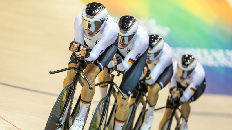 Der deutsche Bahn-Vierer hat die Mannschaftsverfolgung beim Weltcup in Hongkong gewonnen