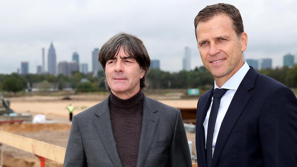 Joachim Löw und Oliver Bierhoff sind gespannt auf die Bundesliga-Rückrunde