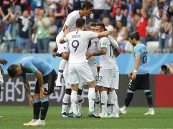 Frankreich jubelt über den Halbfinaleinzug, Uruguay ist draußen