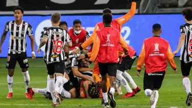 Mineiro fue mejor que Boca en los penaltis.