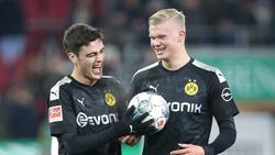 BVB-Youngster unter sich: Giovanno Reyna (li.) feiert mit Erling Haaland dessen Hattrick