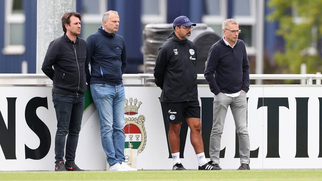 Die Verantwortlichen des FC Schalke 04 erwartet ein schwerer Transfersommer