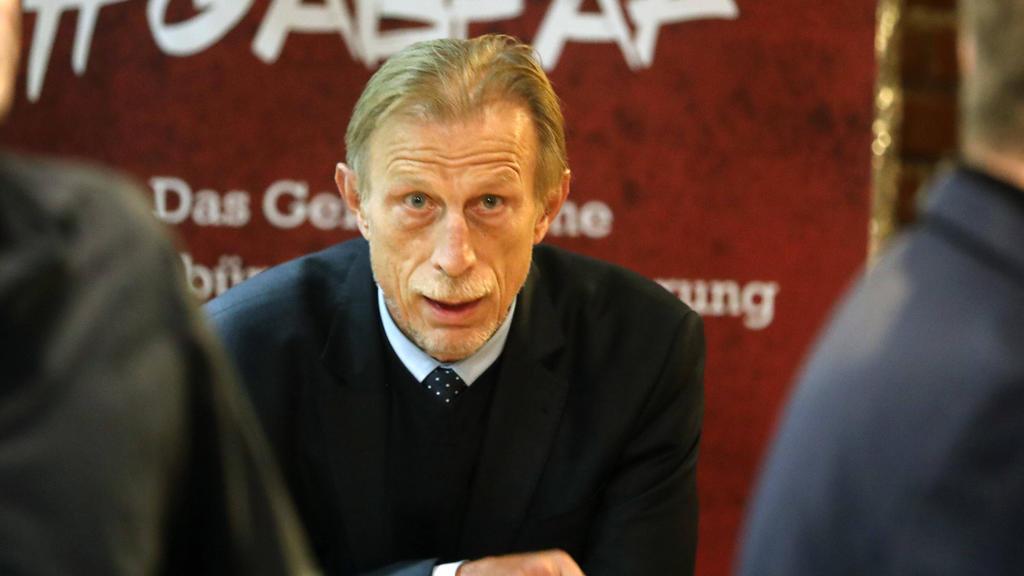 Christoph Daum verteidigte Joachim Löw