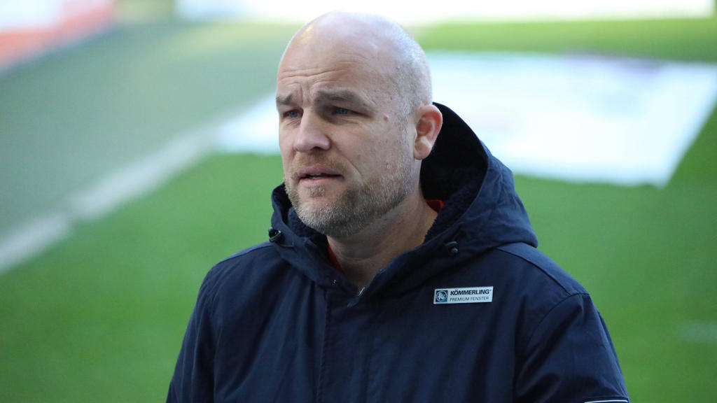 Rouven Schröder muss beim FC Schalke 04 nun Spieler verkaufen