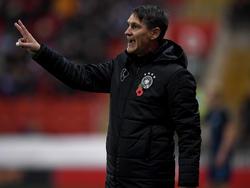 DFB-Trainer Michael Prus kassierte mit seinem Team spät den Ausgleich