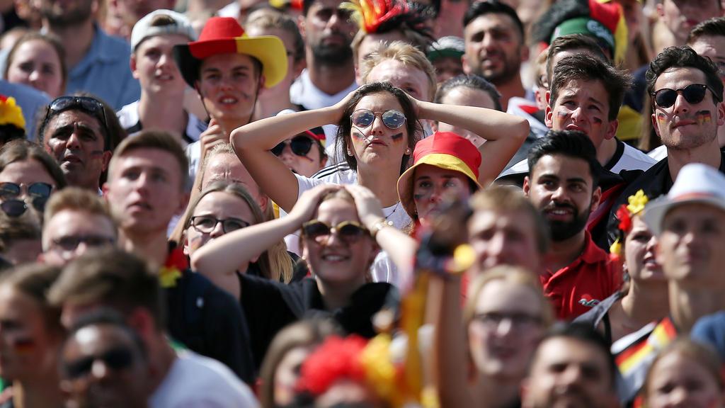 Die Fußball-Fans sind empört