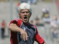 Werner Lorant hat sich zur Lage bei seinem Ex-Klub geäußert