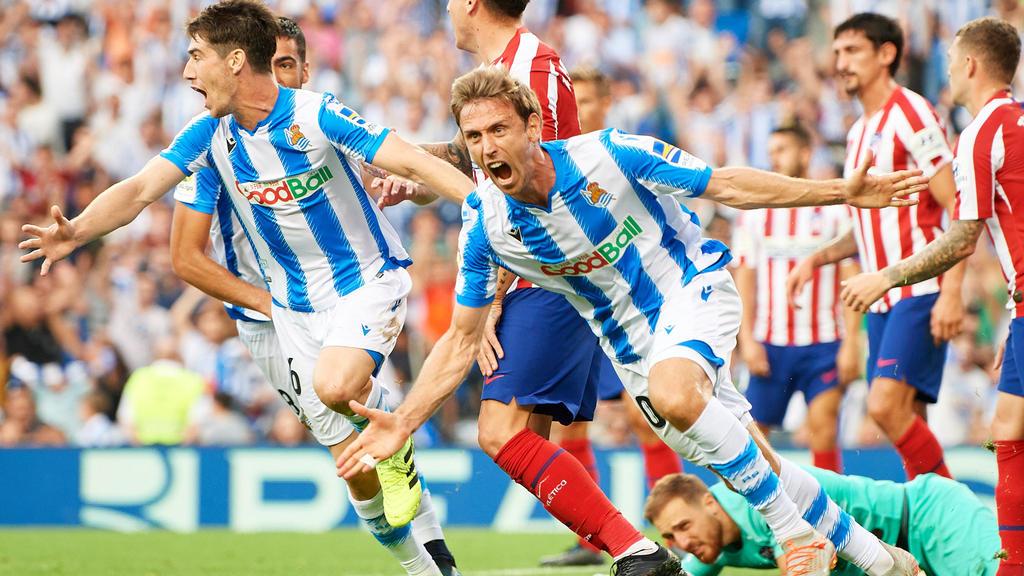 Nacho Monreal bejubelt seinen Treffer gegen Atlético Madrid