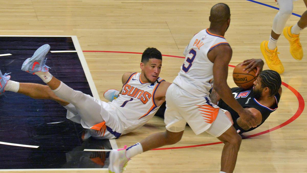 Phoenix Suns um Devin Booker erstmals seit elf Jahren wieder im Halbfinale der NBA-Playoffs