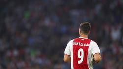 Der ehemalige Schalke-Angreifer Klaas Jan Huntelaar stürmt sehr erfolgreich für Ajax in der Eredivise.