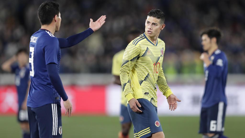 James Rodríguez (M.) verlor mit Kolumbien gegen Südkorea