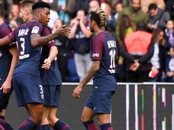 Youngster Presnel Kimpembe (l.) ist nicht gerade begeistert vom Neymar-Hype