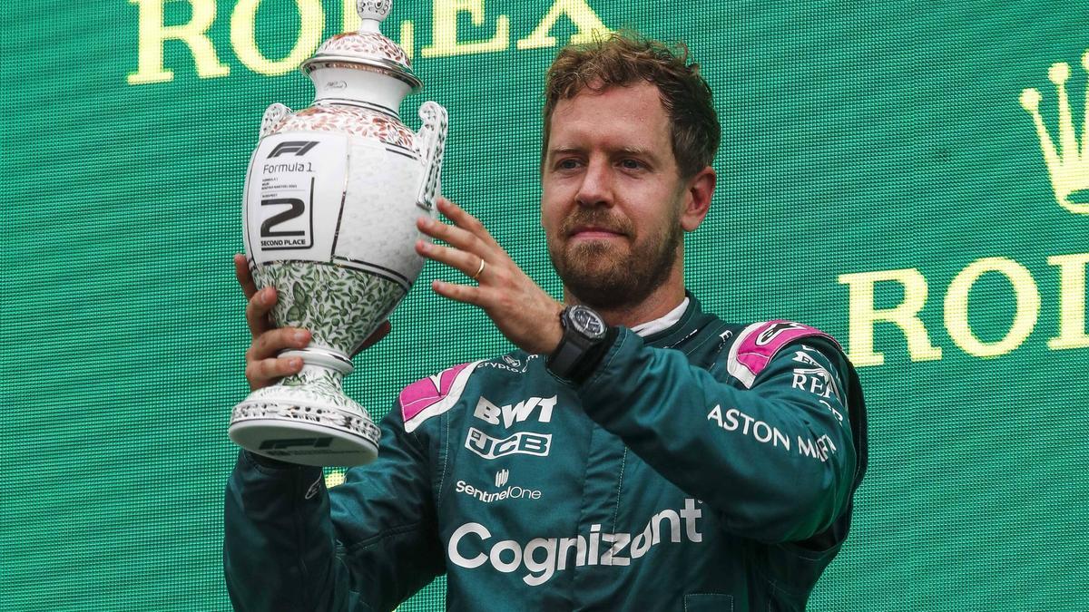 Ahnte Sebastian Vettel bei der Siegerehrung bereits etwas?