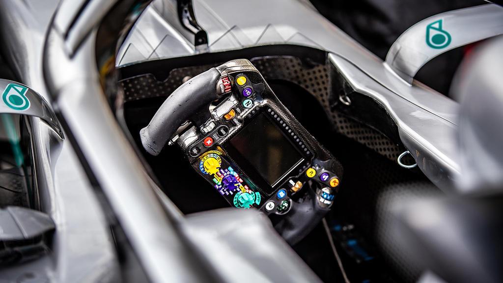 Mit DAS hat Mercedes die Konkurrenz geschockt und die Regelhüter angestachelt