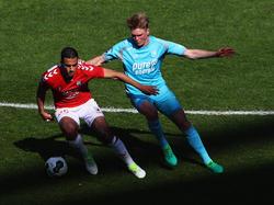 Fredrik Jensen (r.) läuft künftig in der Bundesliga auf