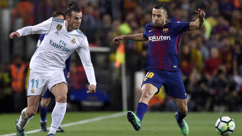 Die Spieler von Barca und Real dürfen sich über hohe Gehälter freuen