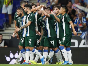 El Espanyol celebra con su público el pase de ronda.