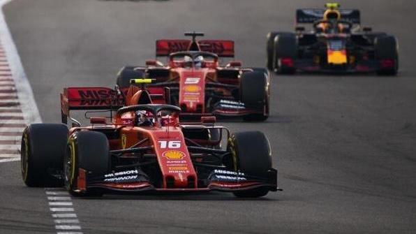 In den ersten Rennrunden hatten die Fahrer kein DRS zur Verfügung