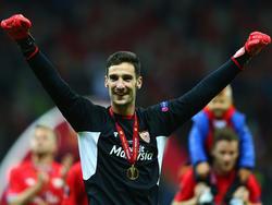 Sergio Rico ya ganó una final - la de la Europa League - y ahora quiere jugar otra. (Foto: Getty)