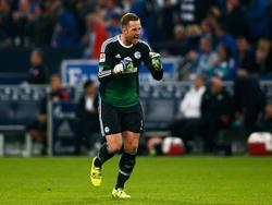 Ralf Fährmann seguirá defendiendo los palos del Schalke. (Foto: Getty)