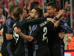Cristiano Ronaldo (r.) markierte beide Treffer für Real Madrid