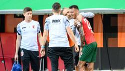 Augsburgs Iago verlässt verletzt den Platz