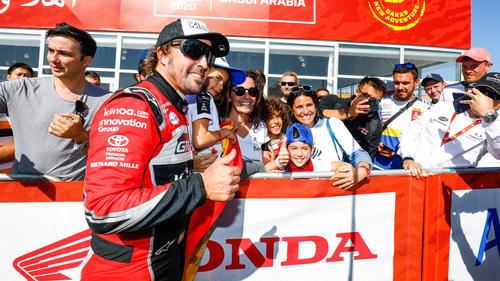Fernando Alonso hat gleich beim Debüt das Dakar-Ziel erreicht