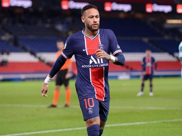 Neymar volvió a mostrar su magia sobre el verde.