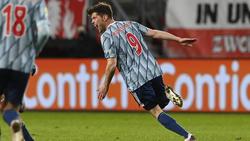 Huntelaar soll den FC Schalke vor dem Abstieg retten
