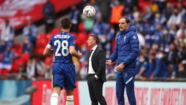 Thomas Tuchel (r.) wartet auf seinen ersten Titel mit dem FC Chelsea