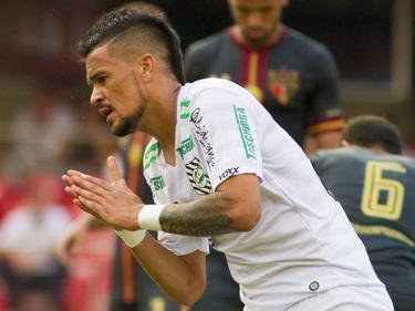 Clayton anotó un doblete con la camiseta de Corinthians. (Foto: Imago)