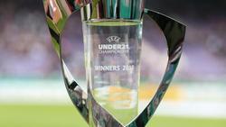 Der Pokal des Europameisters der U21-Fußball-Nationalmannschaften