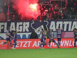 Die Austria Fans sorgten nicht nur mit Bengalos für mächtig Feuer