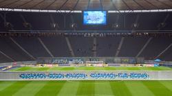 Vor dem Spiel zwischen Hertha BSC und RB Leipzig wird dem Mauerfall gedacht