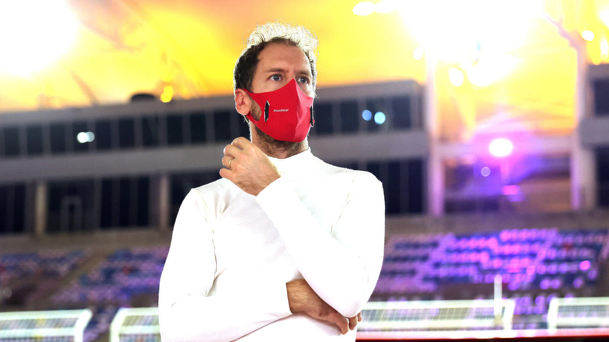 Sebastian Vettel hat Aston Martin in Silverstone einen ersten Besuch abgestattet