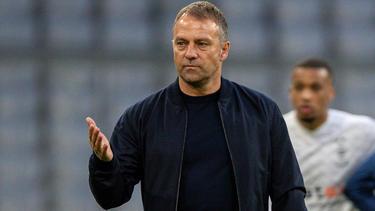 Hansi Flick wird nicht vom FC Bayern zum FC Barcelona wechseln