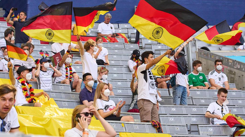 Nicht alle Fans trugen in München eine Maske