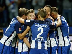 El Hertha celebrando el gol de Weiser. (Foto: Getty)